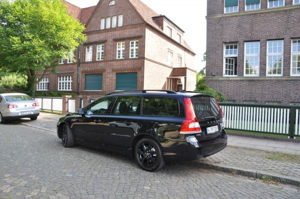 Volvo V70 Black Edition - Bild 009
