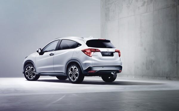 Honda_HR-V_2015_02