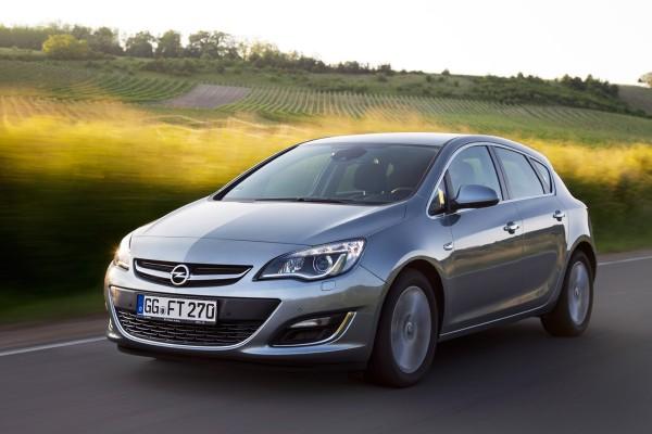 Opel_Astra1_6_CDTi_2015_01