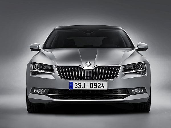 Skoda Superb 2015 Exterieur 1