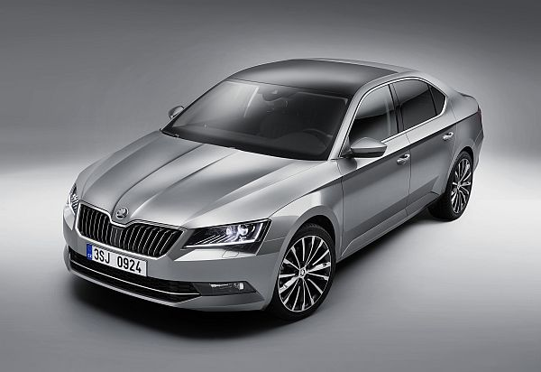 Skoda Superb 2015 Exterieur 2