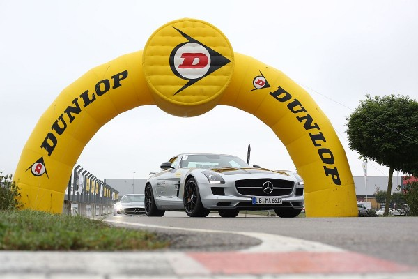 Dunlop AMG Driving Academy