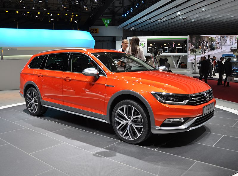 genf 2015 vw zeigt den neuen passat alltrack. Black Bedroom Furniture Sets. Home Design Ideas