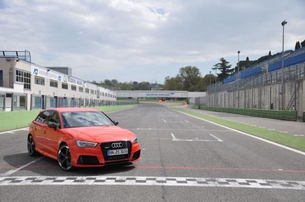 Neuer Audi RS3 2015 - Bild 003