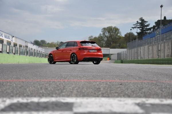 Neuer Audi RS3 2015 - Bild 005
