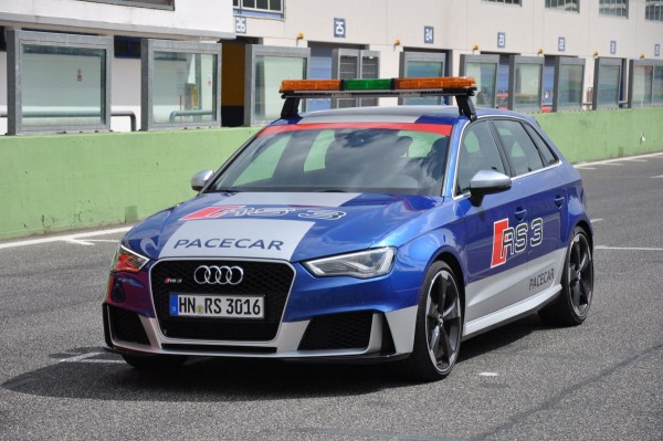 Neuer Audi RS3 2015 - Bild 009