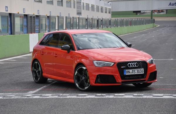 Neuer Audi RS3 2015 - Bild 010