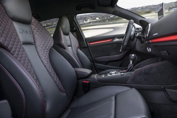 Neuer Audi RS3 2015 - Bild 011