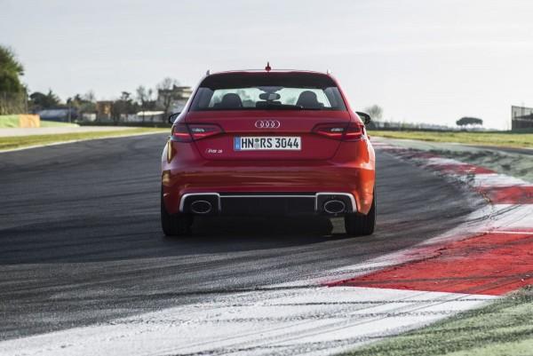 Neuer Audi RS3 2015 - Bild 014