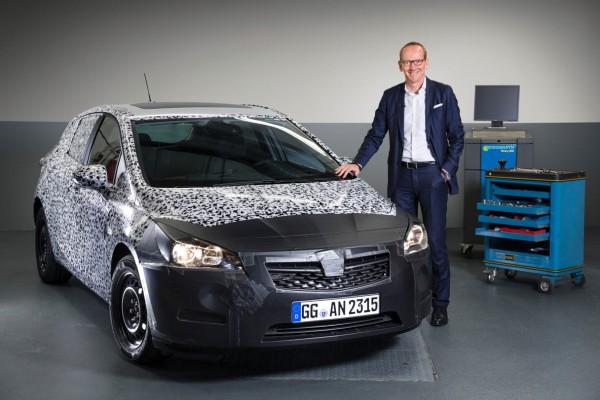 Opel-Astra-K_2015_01