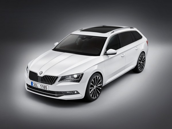 Skoda-Superb-Kombi_2015_01