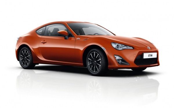 Toyota GT86 Pure_2015_01