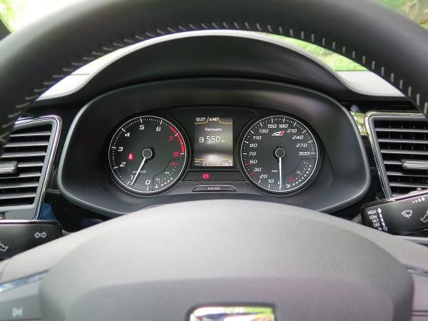 Seat Leon ST Cupra 011
