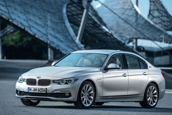 BMW-330e-01