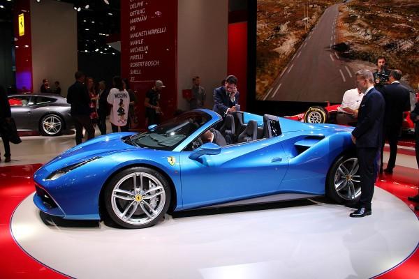 Ferrari 488 Spider 01