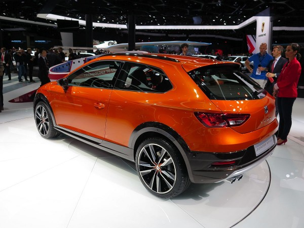 Seat Leon Cross Sport 03