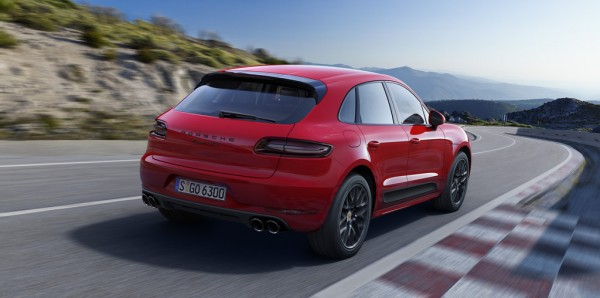 Porsche Macan GTS03