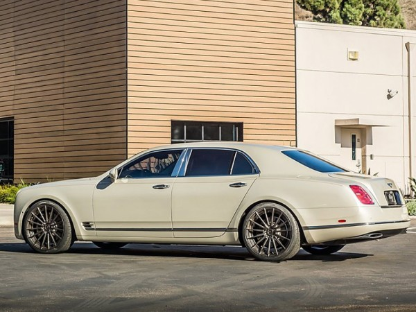 Tag-Motorsports-Bentley-Mulsanne-02