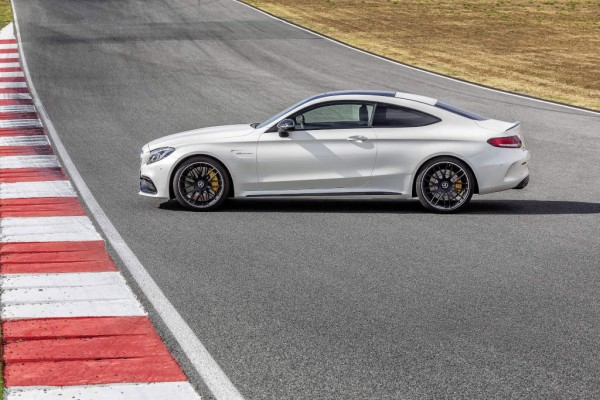 mercedes-amg-c63s-coupe-c204-1