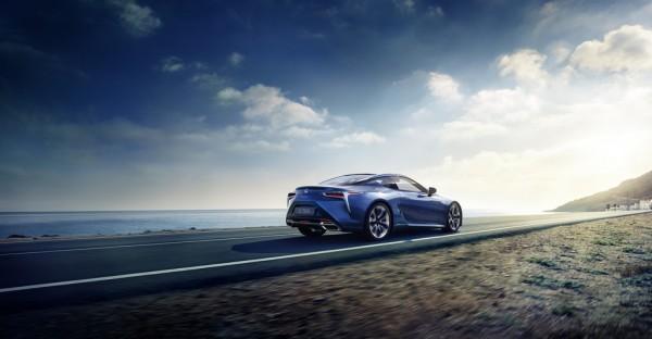 Lexus LC 500h_2016_02