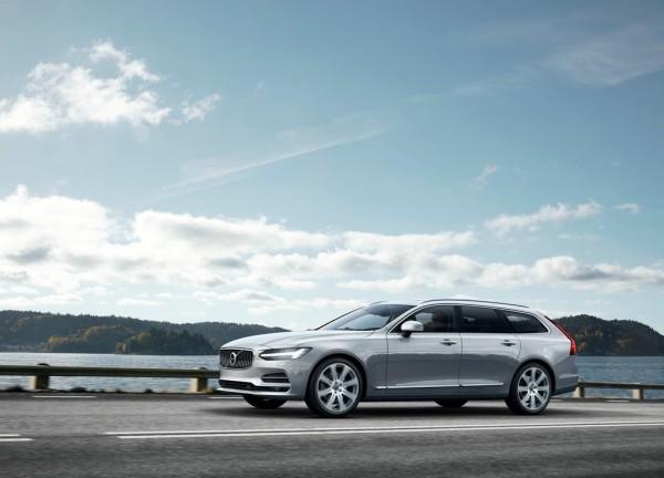 Volvo V90_2016_01