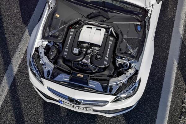 Mercedes-AMG-C-63-Cabriolet_2016_03