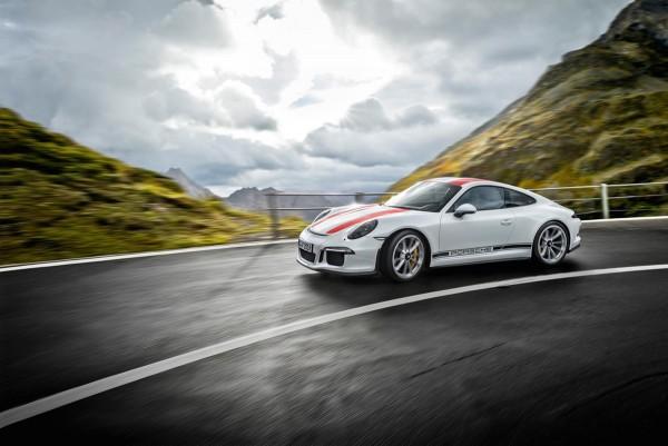 Porsche-911-R_2016_01