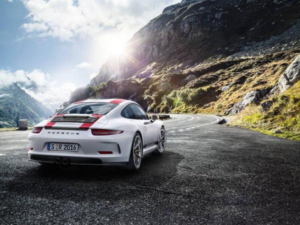 Porsche-911-R_2016_02
