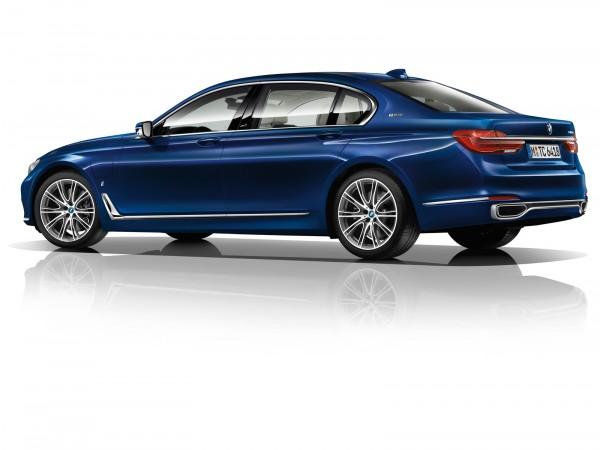 BMW-740Le-iPerformance_2016_02