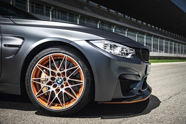 BMW_M4_GTS_MICHELIN-Pilot-Sport-Cup-2_2016_01