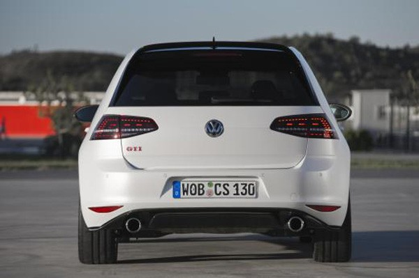 VW-Golf-GTI-Clubsport-2016-02