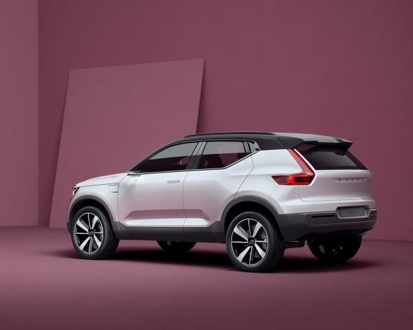 Volvo_Concept_40_1_2016_02