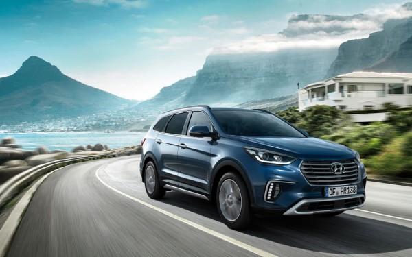 Hyundai Grand Santa Fe_2016_01