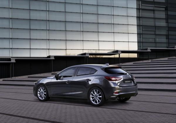 Mazda 3_2016_02