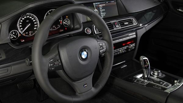 BMW 740Li M Sports Edition (02/2010)