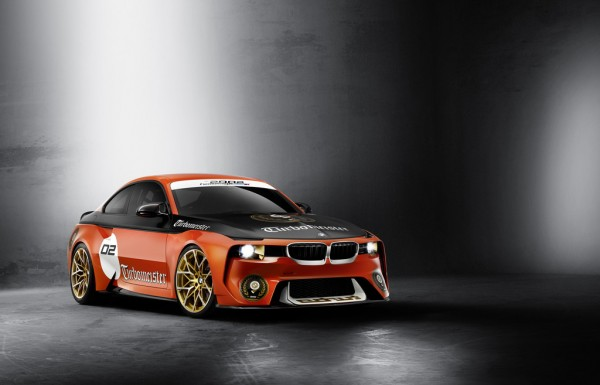BMW 2002 Hommage_2016_01