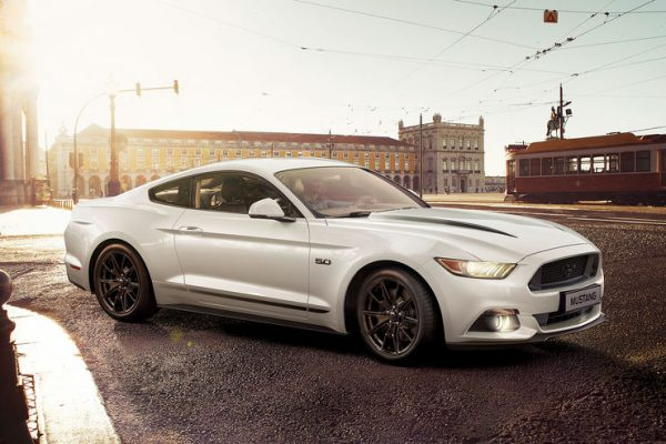 ford-mustang-black-shadow-edition-2017-01