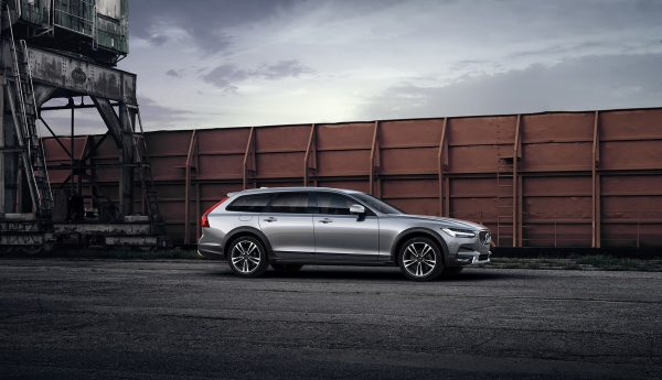volvo-v90-cross-country_polestar_2017_01
