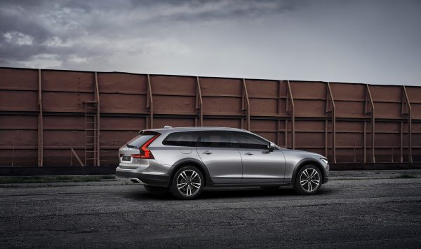 volvo-v90-cross-country_polestar_2017_02