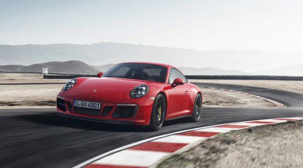 Porsche 911 Carrera GTS_2017_01