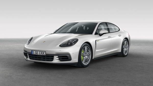 Porsche Panamera 4 E-Hybrid_2017_03