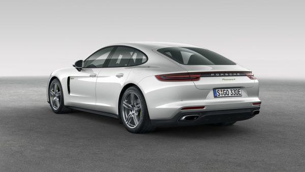 Porsche Panamera 4 E-Hybrid_2017_04