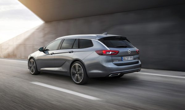 Opel Insignia Sports Tourer_2017_02