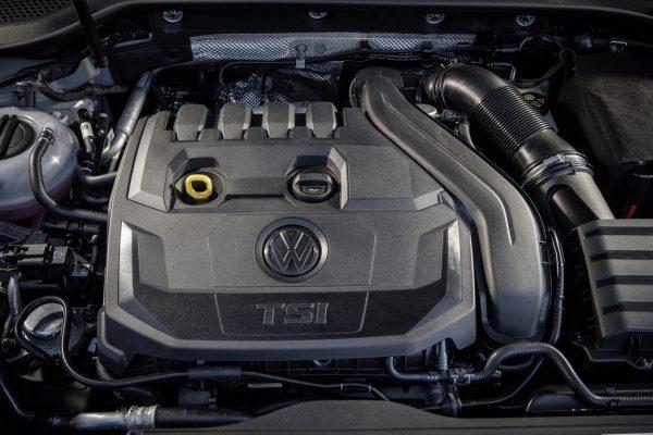 Volkswagen Golf 1.5 TSI_2017_02
