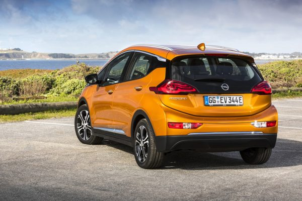 Opel Ampera-e_2017_02