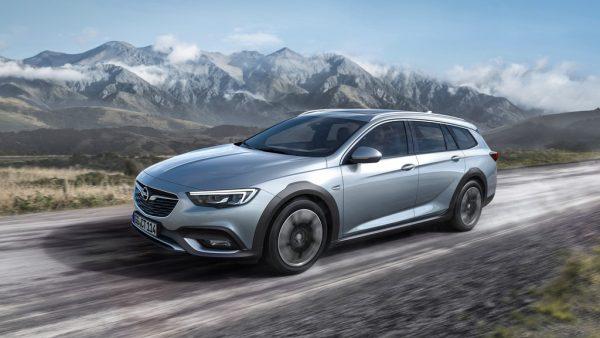 Opel Insignia Country Tourer_2017_01