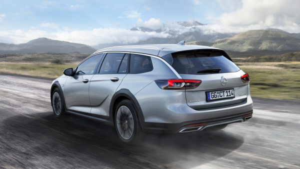Opel Insignia Country Tourer_2017_02