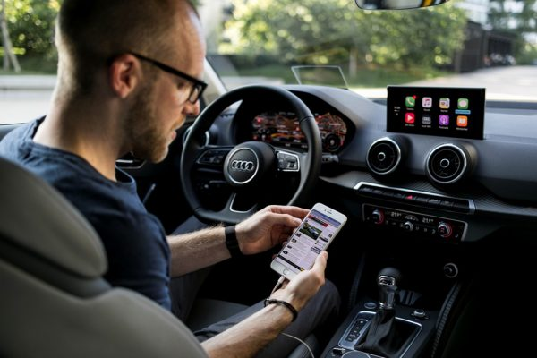 Audi-Q2__Apple-Carplay