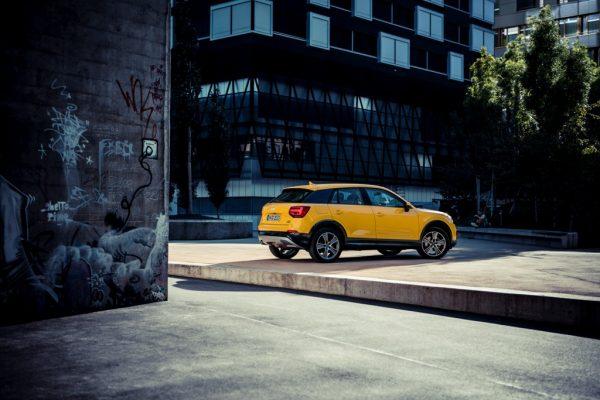 Audi-Q2__hinten