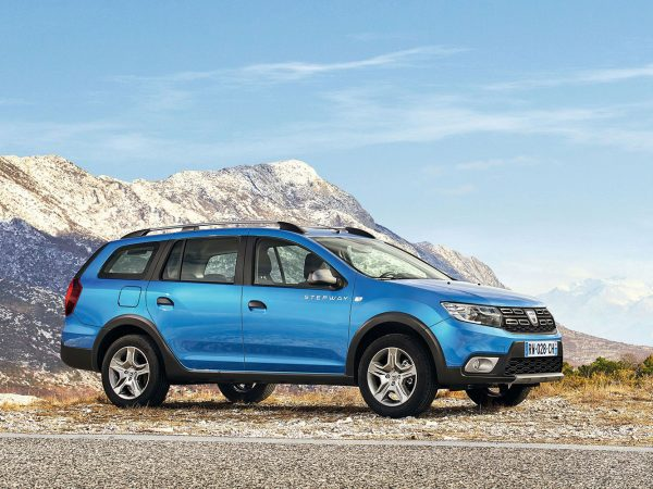Dacia-Logan-MCV-Stepway_2017_01